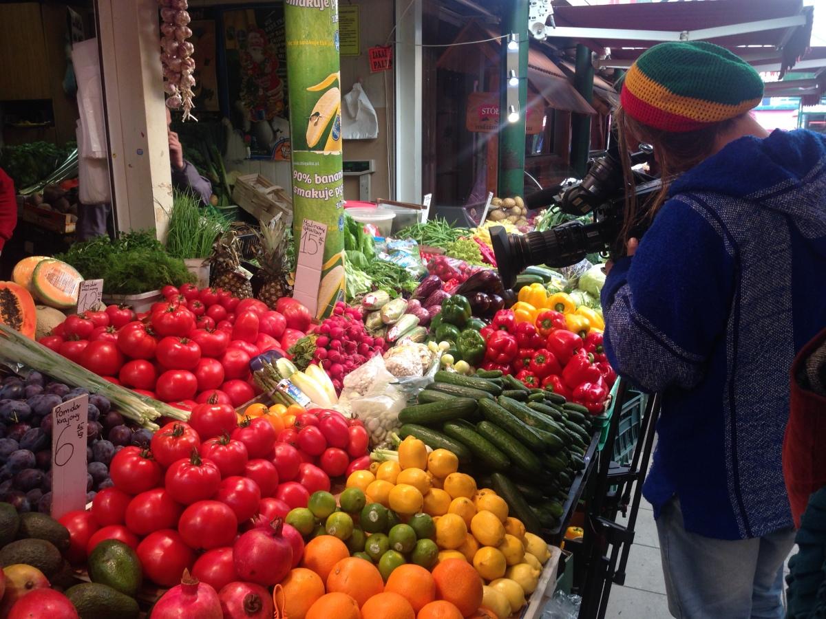 Bazar przy Hali Mirowskiej